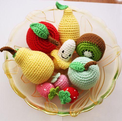 手工钩毛线编织水果diy玩偶圣诞节礼物勾苹果草莓香蕉