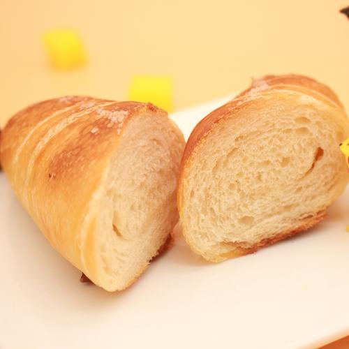 面包 | 海盐牛角包
