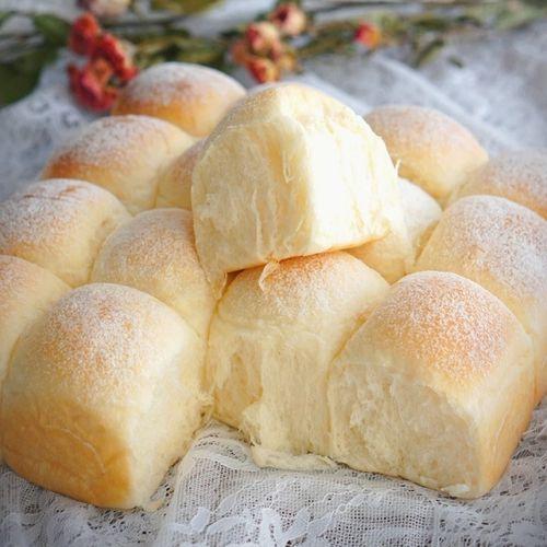 萌新早餐食品营养健康中产们爱吃的面包手工舒芙蕾奶酪雪面包餐包
