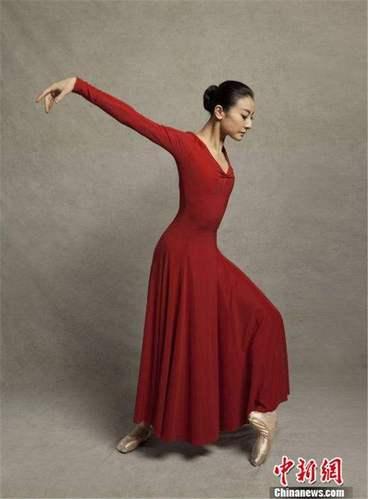 新谭元元卡门现代芭蕾舞蹈服我和芭蕾现代舞裙演出服裝表演服车展