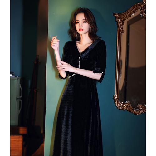 高端晚礼服裙女2020新款丝绒名媛宴会黑色气质v领长款