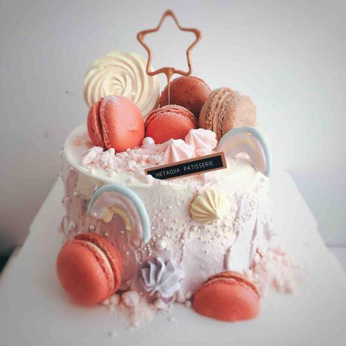 梦幻马卡龙蛋糕
