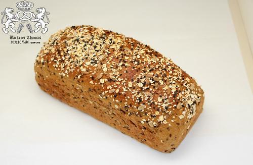 德国黑麦多谷物大面包 无油无糖 素食 multigrain rye