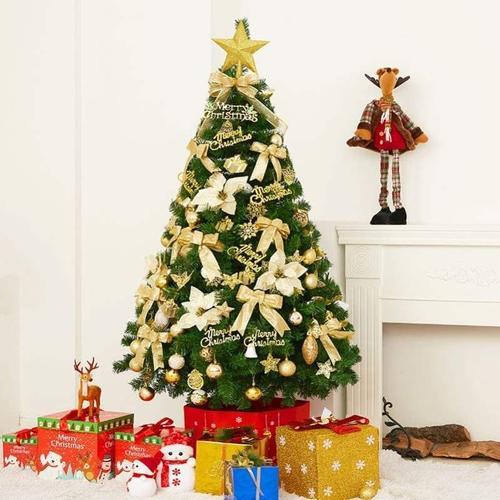 圣诞树1.8米场景创意松果家庭吊牌混合2米桌面儿童摆设松针树商场