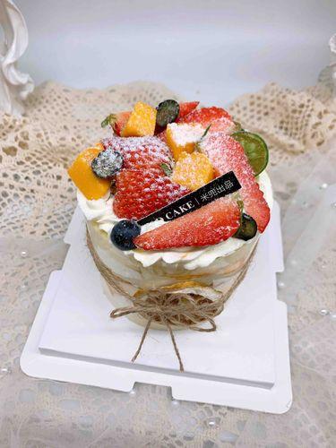 鲜果小蛋糕