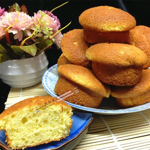昆明特色点心鸡蛋糕云南地方特产传统早餐糕点蜂蜜