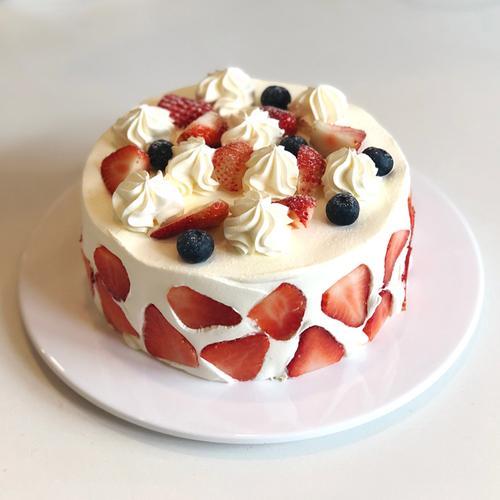 爆款草莓奶油蛋糕(6英寸,8英寸)