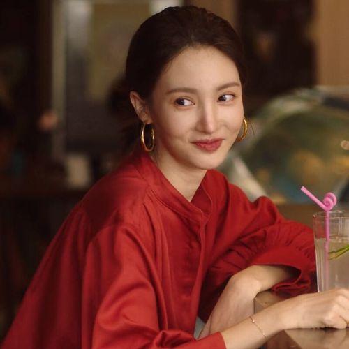 了不起的女孩沈思怡金晨同款红色衬衫女2021春款韩版