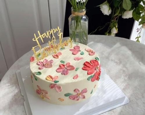 抖音短视频素材蛋糕制作【数量多多32.43g图片截取其中一部分】